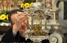 Il prodigio della Sacra Spina nel giorno dell'Annunciazione e della Morte di Gesù Cristo