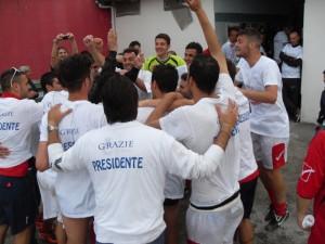 Dirigenti, giocatori, tifosi: ecco la Pompei vincente