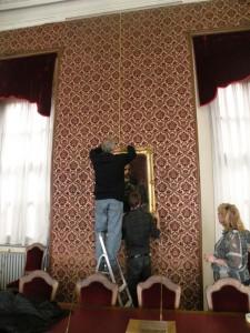 La tela del Re torna nella sala del consiglio