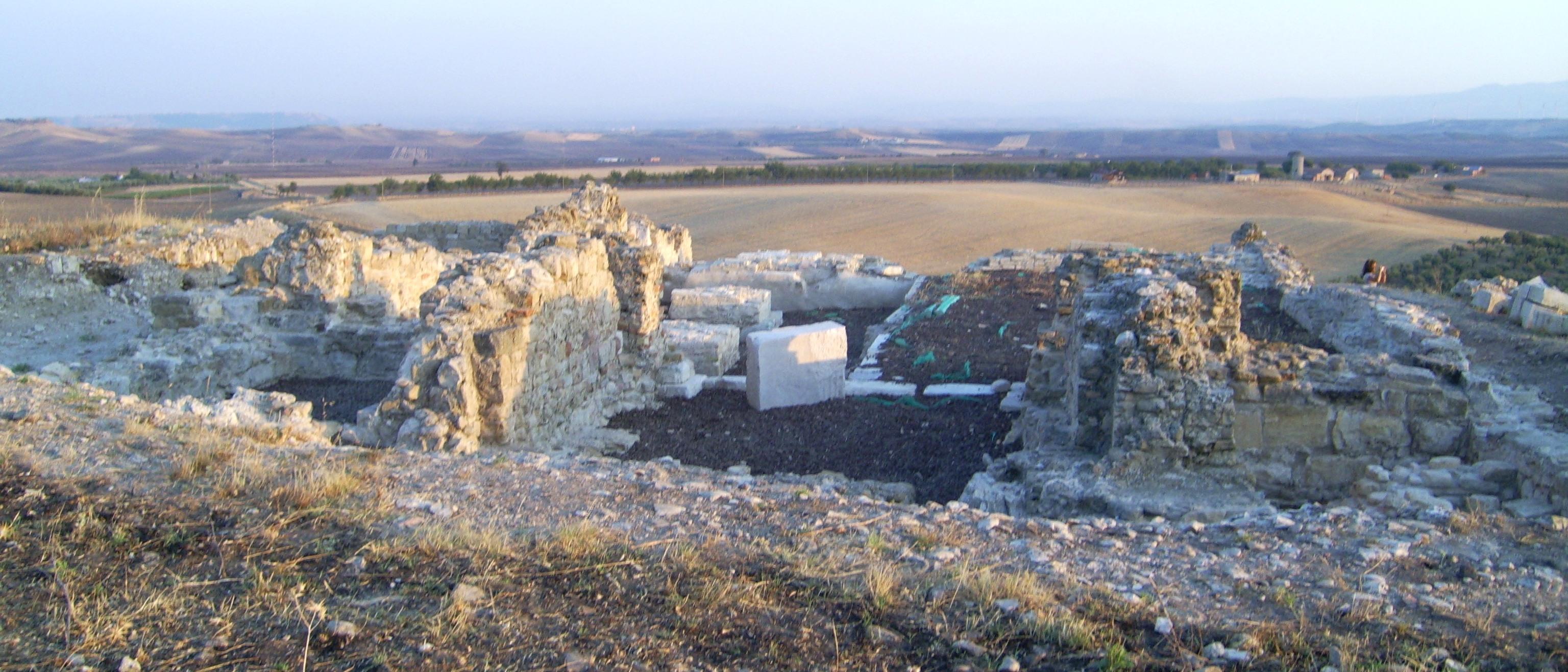 Il sito archeologico di fiorentino torremaggiore notizie for Immagini sito