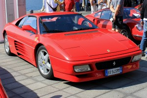 Ferrari in Piazza
