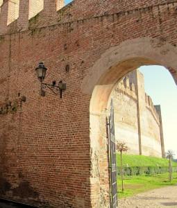 Una passeggiata tra le mura