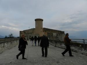 Caserma Cavour e Castello angioino-aragonese aperti dal FAI
