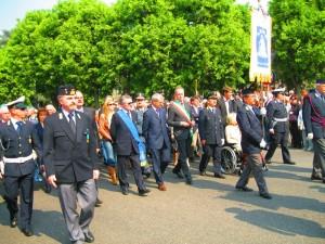 """La processione con il """"Crocefisso""""del Venerdì Santo"""