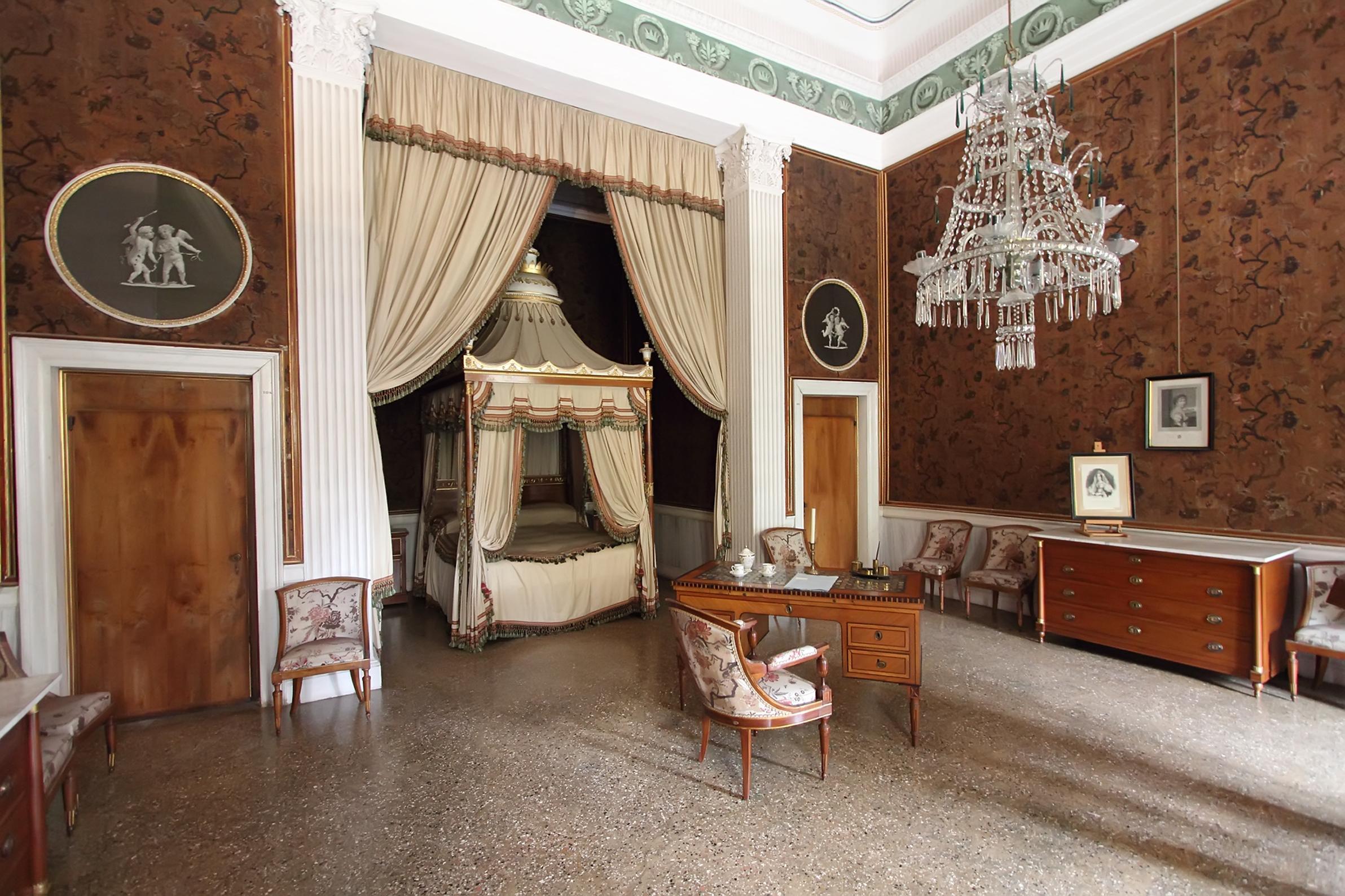 Top gli interni di villa pisani with interni di ville for Ville di legno di lusso