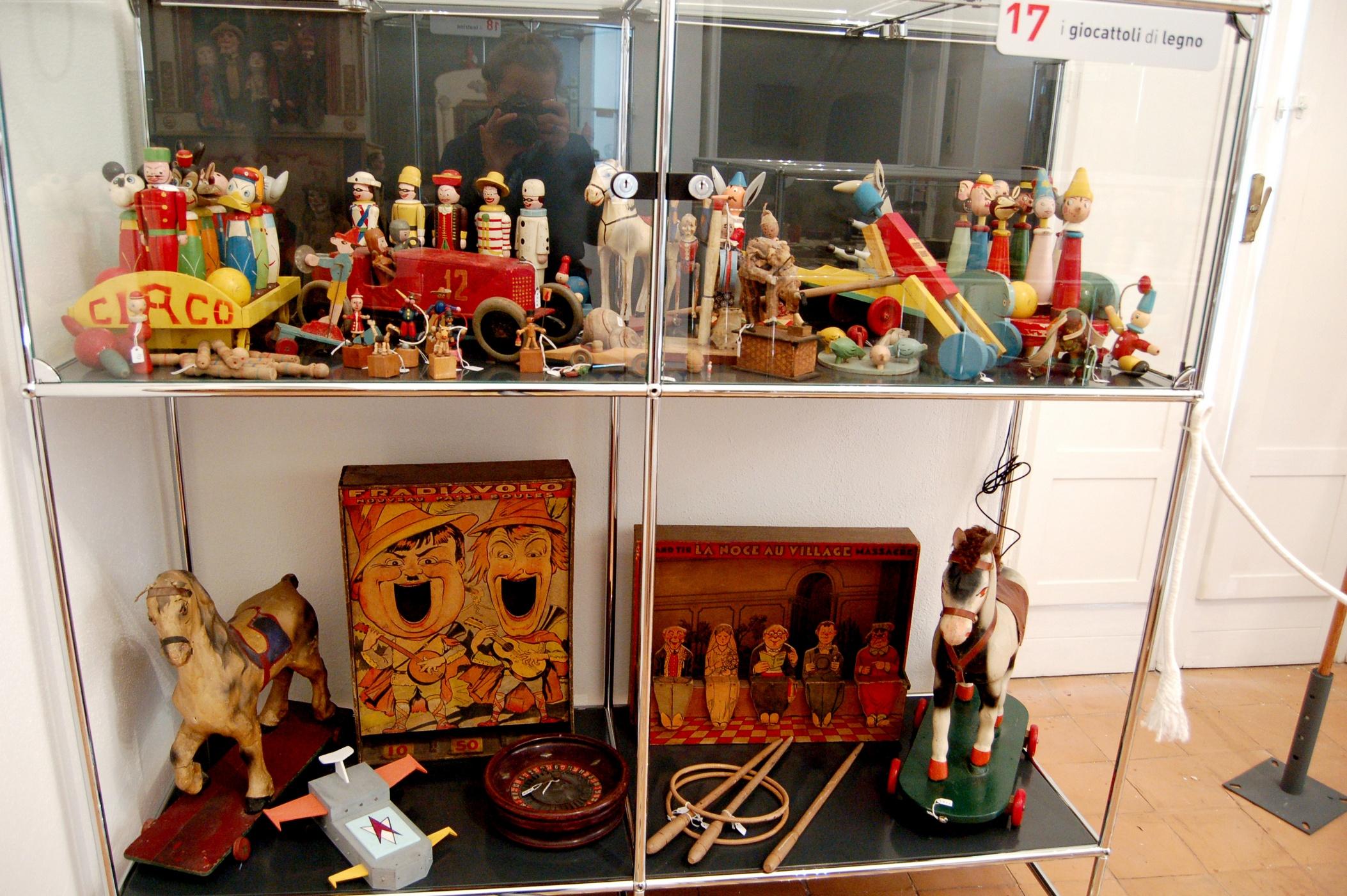 giocattoli d epoca legno