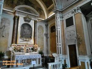 Sul Lungarno delle Grazie l'oratorio più piccolo d'Italia