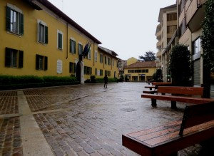 Magenta sotto la pioggia