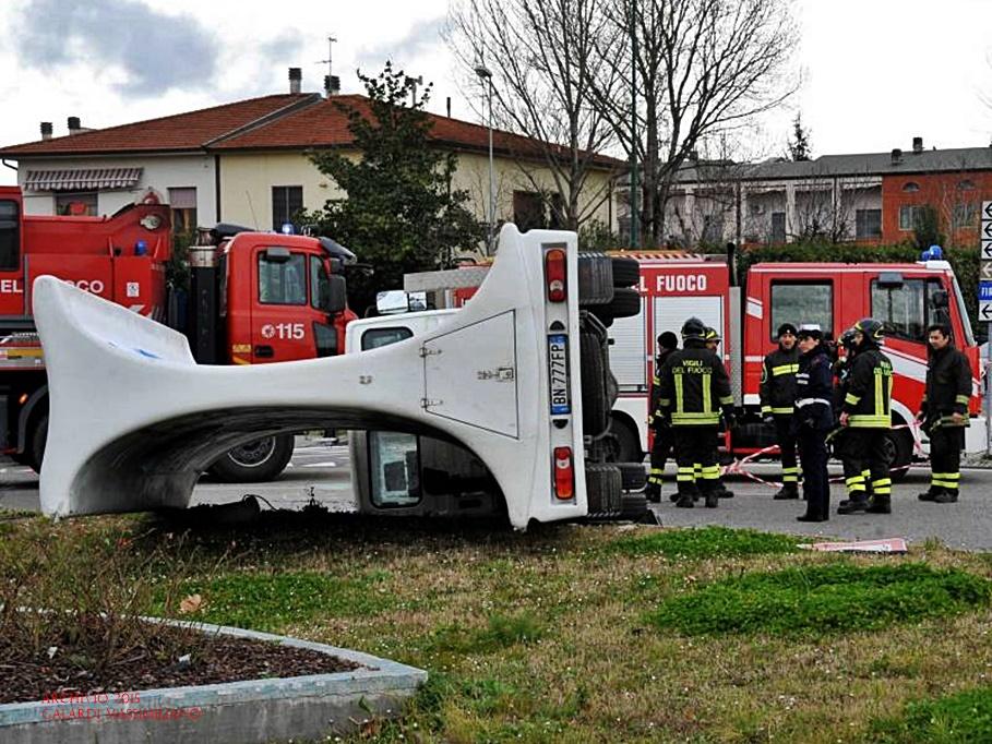 Camion si rovescia sesto fiorentino notizie for Sesto notizie