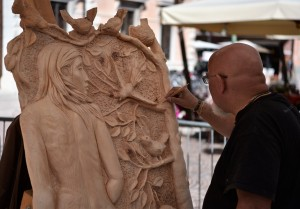 Concorso Internazionale di sculture in legno