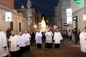 Fiaccolata per il centenario dell'apparizione Madonna di Fatima ai tre pastorelli