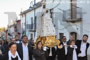 La statua della Madre di Dio Incoronata tra i monteleonesi