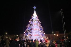 """Si accendono le luci in città """"Natale sotto Covid 19″"""
